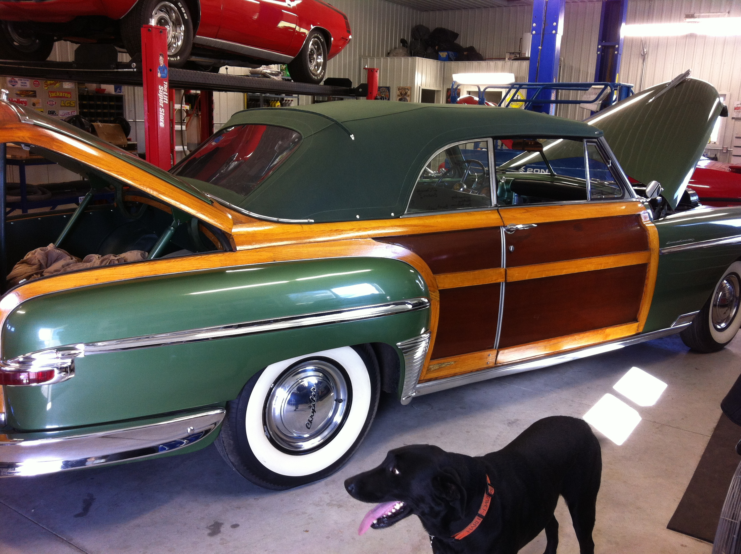 1949 CHRYSLER TOWN AND COUNTRY WOODY CONVERTIBLE